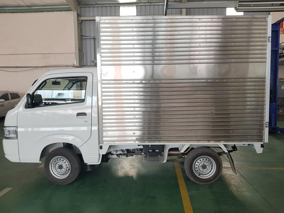 suzuki 990kg thùng kín